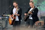 Chris Martin in Kings of Leon skupaj na odru